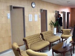 プサン視察旅行スマート病院待合室a.jpg